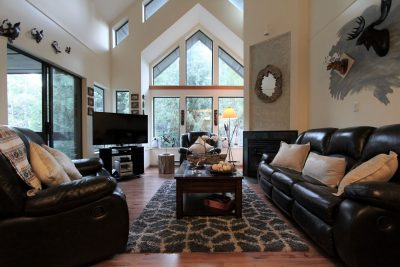 Four+ Bedroom Vacation Rentals In Whistler, BC